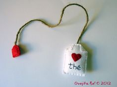 Tea bag felt bookmark  In English with Little heart by ovejitabe, €6.00