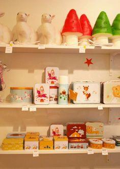 Leenaelina shop display, Finland
