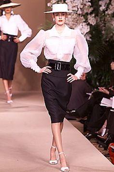 Saint Laurent Spring/Summer 2001 Couture.