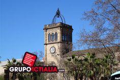 Plaça de la Universitat, Barcelona. Grup Actialia ofrece sus servicios en Barcelona: Diseño web, Diseño gráfico, Imprenta y Rotulación. www.grupoactialia.com