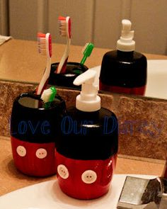 My tutorial on making your own Disney Bathroom Decor ... @Chenin Holtzworth Harrison and @Allison j.d.m Thomas ... for your bathroom next year ;)