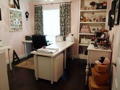 craft room - not a big fan of the pale pink but the layout of the space is nice