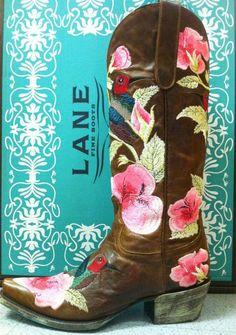 Lane Hummingbird Boots at RiverTrailMercantile.com.