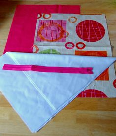 Wet bag tutorial - made tons with this tutorial. Same principle for making reusable sandwich bags but use ripstop nylon instead of PUL. Wet Bag Tutorials, Sewing Tutorials, Sewing Patterns, Sewing Hacks, Sewing Crafts, Sewing Projects, Baby Crafts, Crafts To Do, Diy Diapers