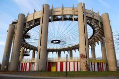 New York State Pavilion Observation Towers and Tent of Tomorrow & http://www.abandonedplaygrounds.com/new-york-state-pavilion ...