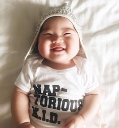 We shipped this little onesie all over the world this week thanks to this cutie. Cheers Joey & @lauraiz  #perfectlybaked #flashbackfriday #naptorious #lookslikefilm #ohheymama