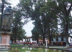 Hotel en el centro de Pátzcuaro con la mejor ubicación en la Plaza Vasco de Quiroga para que disfrutes uno de los Pueblos Latinoaméricanos más bellos.