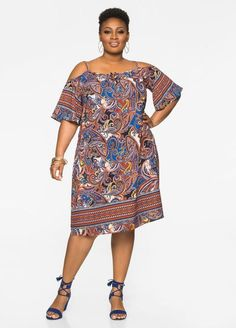Cold Shoulder Floater Dress Cold Shoulder Floater Dress Source by iny_colon African Print Dresses, African Print Fashion, African Fashion Dresses, African Dress, African Prints, Ankara Fashion, African Fabric, Plus Size Cocktail Dresses, Plus Size Dresses