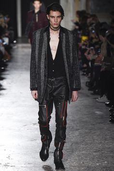 Costume National Fall 2016 Menswear Collection Photos - Vogue