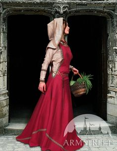 """Medieval Dress Tunic and Surcoat """"Townswoman"""" - Armstreet"""