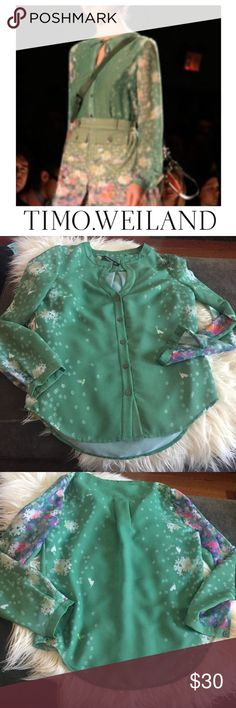 Timo Weiland Coastal Green Floral Blouse Timo Weiland Coastal Green Floral Blouse. Button down. Sheer Panels on the sleeves. Gently worn. Great condition. 24 inches long and 18.5 inch bust. Feel free to make an offer or bundle & save! Timo Weiland Tops Blouses