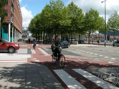 Simple crossroads with cycle track priority across junction in Borneolaan, Amsterdam. Click image for details via Cycling Embassy GB & visit the slowottawa.ca boards >> http://www.pinterest.com/slowottawa/