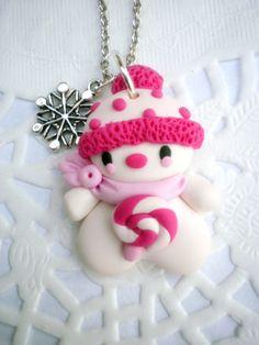 Hóember pinkbe öltözve - nyaklánc, Ékszer, óra, Nyaklánc, Meska