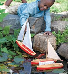 Spruce Wood Toy Boats -- Sailboat, Catamaran, and Sloop -- boats really float! #summer #kids