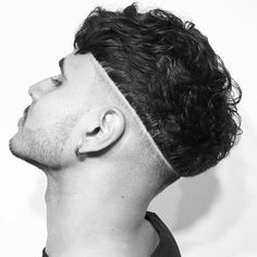 Mens Messy Hairstyles, Trending Hairstyles For Men, Stylish Short Haircuts, Short Haircut Styles, Undercut Hairstyles, Haircuts For Men, Curly Hair Men, Curly Hair Styles, Gents Hair Style