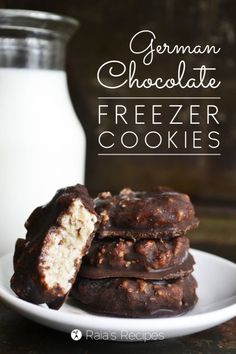 Get an amazing recipe for German Chocolate Freezer Cookies. These German Chocolate Freezer Cookies are so easy to make and the whole family will love them! Gluten Free Sweets, Sugar Free Desserts, Paleo Dessert, Healthy Sweets, Gluten Free Baking, Frozen Desserts, Dairy Free Recipes, Vegan Desserts, Just Desserts