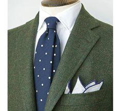 Las 5 corbatas que, según Drake´s, todo hombre debería tener | Rayas y Cuadros: Blog de Moda Masculina