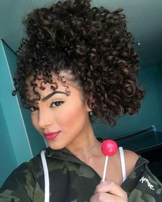95 easy on the go hairstyles for naturally curly hair - Hairstyles Trends Retro Hairstyles, Braided Hairstyles, Curly Hair Styles, Natural Hair Styles, Different Hairstyles, Gorgeous Hair, Hair Hacks, Hair Trends, Hair Goals