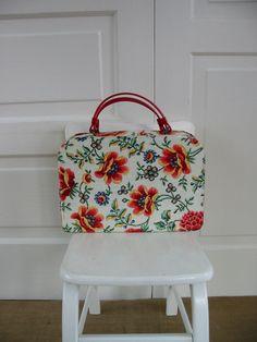 Vintage Floral Flower Purse Bag Red Kitsch Retro by vintagejane, $36.00