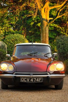 toyota classic cars for sale uk Citroen Ds, Manx, Cars For Sale Uk, Car Rental Company, Clermont Ferrand, Safari, Future Car, Automotive Design, Car Detailing