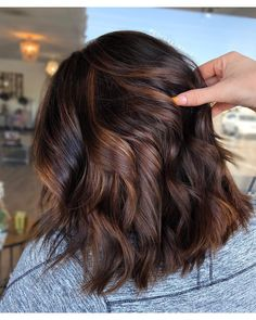 brunette hair Chocolate cake is the hair colour trend everyone in LA is getting right now Brown Ombre Hair, Brown Hair Balayage, Light Brown Hair, Hair Color Balayage, Brown Hair Colour, Brunnete Hair Color, Dark Brown Hair Rich, Rich Hair Color, New Hair Colors