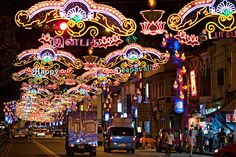 Deepavali: The Festival of Lights 2019 in Singapore - Dates & Map Little India Singapore, Singapore Malaysia, Singapore Travel, Goa, Kerala, Singapore Grand Prix, Asia Continent, Places To Rent, Hotels