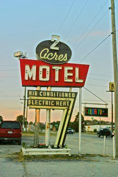 2 Acres Motel