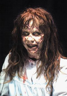 Regan - played by Linda Blair in classic The Exorcist Horror Movie Costumes, Scary Movie Characters, Scary Movies, Exorcist Movie, The Exorcist 1973, Science Fiction, Linda Blair, Famous Monsters, Classic Monsters