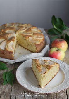 Torta di mele allo yogurt senza burro, torta soffice di mele senza burro, un dolce squisito e semplice da preparare Torta di mele rustica per merenda