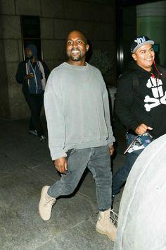 #KanyeWest #YeezySzn #Adidas