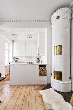 Home Interior Colour Interior Design Living Room, Apartment Inspiration, Home, Home Kitchens, Parisian Bedroom Decor, House Design, Interior, House Interior, Chic Bedroom Decor