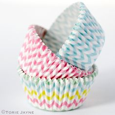 When I saw these stylish chevron striped cupcake cases on Wholeport I fell in love. Birthday Fun, Birthday Parties, Cupcake Cases, Baking Cups, Baking Supplies, Cupcake Cookies, Cake Designs, Decor Crafts, Fairy Cakes