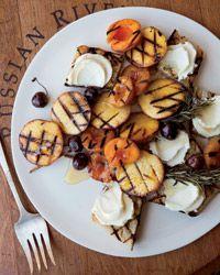 Grilled-Fruit Bruschetta with Honey Mascarpone