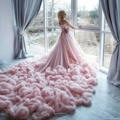 Colored Wedding Dresses, Dream Wedding Dresses, Wedding Gowns, Boho Wedding, Ball Gown Dresses, Prom Dresses, Set Fashion, Fantasy Gowns, Quinceanera Dresses