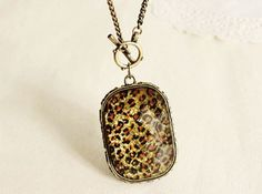 Vintage Hollow Out Leopard Gem Pendant Necklace
