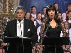 The best of Silent Night - Christmas in Vienna - oh Luciano, how I do miss you . . .