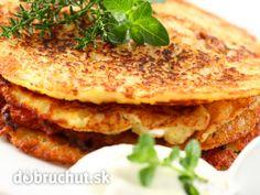 Potato Pancakes from grated potatoes, onion, garlic cloves, eggs, flour… Slovak Recipes, Czech Recipes, Ukrainian Recipes, Ethnic Recipes, Russian Recipes, Crepes, Polish Potato Pancakes, Eastern European Recipes, European Dishes