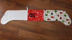 The best cuffed Christmas stocking how-to, with step-by-step instructions.
