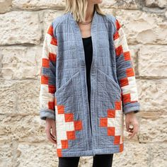 Quilted Clothes, Quilted Jacket, Quilted Coats, Looks Chic, Coat Patterns, Clothes Crafts, Jacket Pattern, Making Ideas, Scrappy Quilts