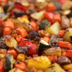 Sheet Pan Roasted Vegetables are ultra-flavorful, deliciously browned, and flexible to your favorite veggies! Sweet potatoes and red potatoes are awesome. Best Roasted Vegetables, Roasted Vegetable Recipes, Autumn Vegetable Recipes, Mexican Vegetable Dishes, How To Roast Vegetables, Grilled Vegetables Oven, Veggie Medley Recipes, Roast Vegetable Salad, Roasted Vegetables Thanksgiving