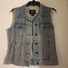 Rock & Republic Denim Studded Vest Rock & Republic denim studded vest. Light colored denim. Frayed sleeves. Two pockets button pocket on the front and two on the sides. Buttons all the way down. Rock & Republic Jackets & Coats Vests