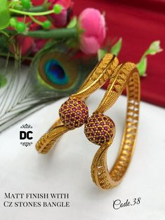 Traditional Brass Matte Finished Bangle Temple Jewellery Set of 2 Bangles with Matte Gold Plating Women Indian Bridal Jewelry Color : Gold/Silver Material : Metal Sale For : Piece) Collection : Antique Set of Necklace & Earrings Gold Ring Designs, Gold Bangles Design, Gold Earrings Designs, Gold Jewellery Design, Antique Jewellery, Gold Bangles For Women, Gold Bracelet For Women, Gold Plated Bangles, Bridal Bangles