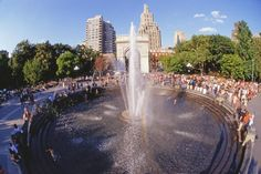 Plan your visit to New York City with this guide to June's events, weather and more. Warm weather and school break mean you'll be in good company.