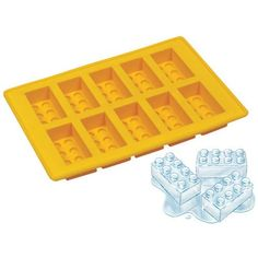 The perfect ice cubes for a kid's LEGO birthday party, made with this LEGO Ice Cube Tray. Made from food-grade silicone, you'll be pumping out LEGO ice cubes in no time. It ships in random colors, but the ice cubes are the import parts, right? Lego Ice Cube Tray, Ice Tray, Lego Tray, Silicone Ice Cube Trays, Silicone Molds, Lego Birthday Party, Birthday Parties, Birthday Ideas, Legos