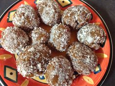 Ingredients: - 4 x cups sifted cake flour. - 1 ½ x tsp ginger powder. - 1 ½ x tsp mixed spice. - 1 ½ x tsp cinnamon powder. - 1 x tsp cloves powder. - ¼ x tsp nutmeg powder. - 2 x tbsp. - 1 x packet anchor instant yeast. Fussy Eaters, Cinnamon Powder, Instant Yeast, Cake Flour, Meals For One, Sweet Tooth, Spices, Cooking Recipes, Sweets