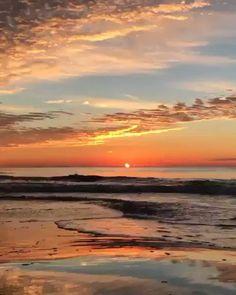 "Hayal Kur on Twitter: """"Her şey bittikten sonra şöyle bir yerde biraz kafa dinlemek.""… "" Beautiful Photos Of Nature, Beautiful Nature Wallpaper, Beautiful Places To Travel, Beautiful Sunset, Amazing Nature, Beautiful Landscapes, Aesthetic Photography Nature, Sunset Photography, Sunset Pictures"