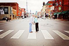 Urban Maternity Photos | Nashville, TN | Southern Daisy Photography