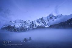 Misty Winter Evening by Daniel-Fleischhacker via http://ift.tt/2nb8HIq