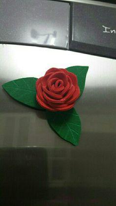 Rosa imán de nevera