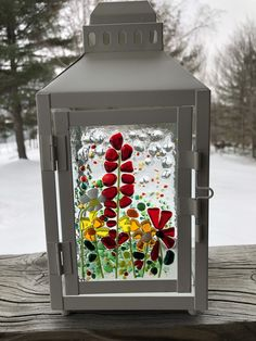 Fused Glass Jewelry, Fused Glass Art, Glass Wall Art, Glass Lanterns, Lanterns Decor, Stained Glass Crafts, Stained Glass Designs, Mosaic Bottles, Lantern Craft